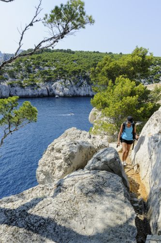 hiking in the Calanques in South of France 🇫🇷