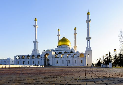 The Nur-Astana Mosque is 40-meter height and symbolizes the age of prophet Mohamed, when the Almighty's revelation first came upon him and the height of the minarets: 63 meters, the age when he passed away into another world.